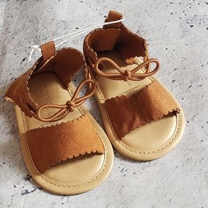 Old Navy. Baby Girl Ankle Bow Flat Sandal